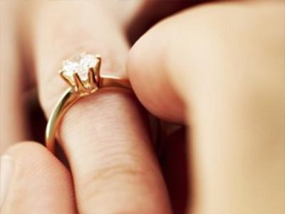 ABC Radio explores gay marriage without the politics