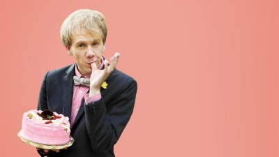 Why We'll Happily Oblige Josh Thomas In 'Please Like Me'